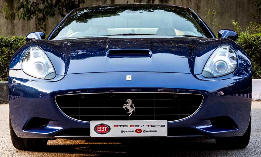 a grand touring sports car exterior design
