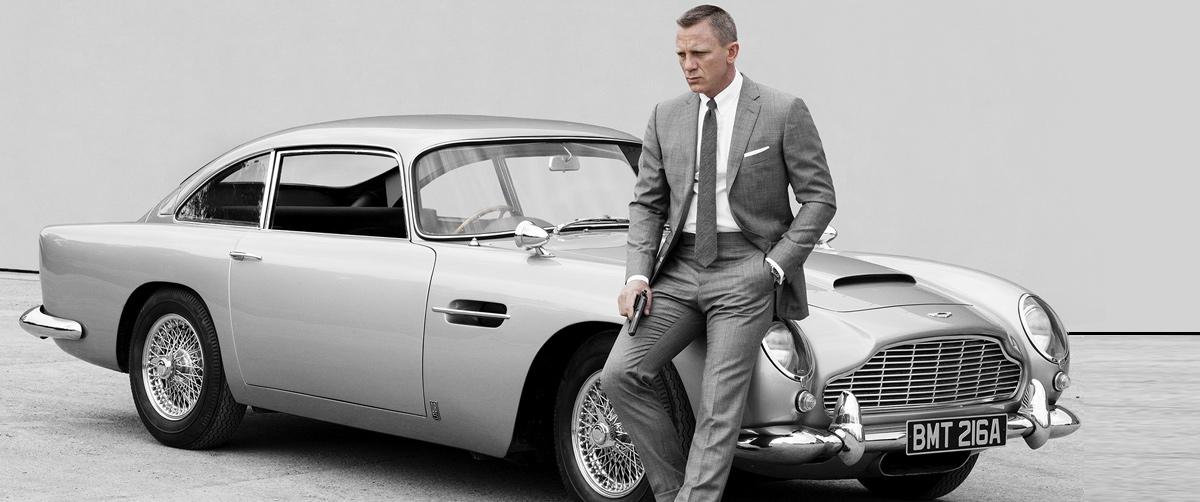 Aston Martin DB5 Casino Royale Bond Cars