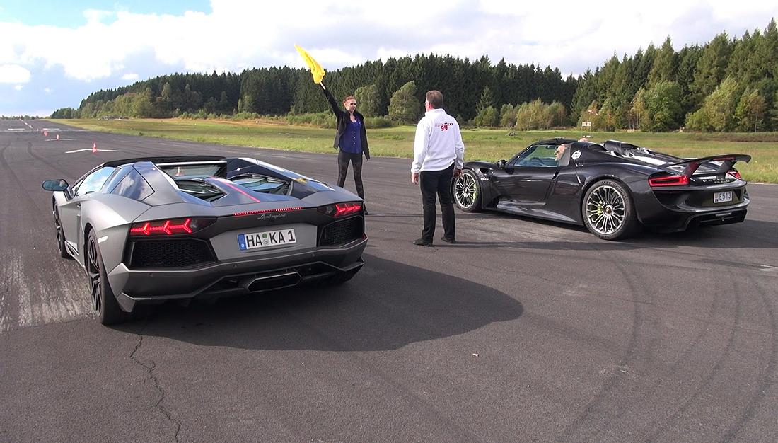 Porsche 918 Spyder vs Lamborghini Aventador Pirelli Edition - Launch Control