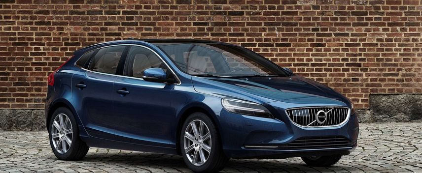 Volvo India on Christmas Spree; V40 & V40 Cross Country Launched