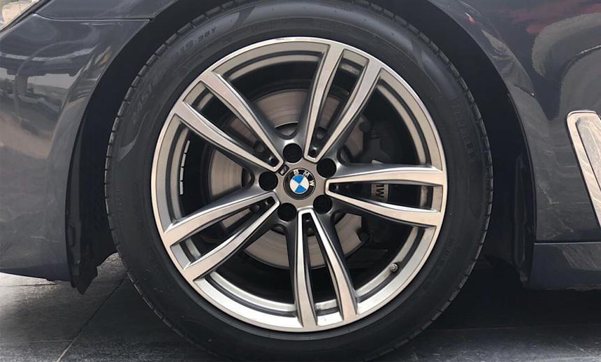 looker alloys wheels