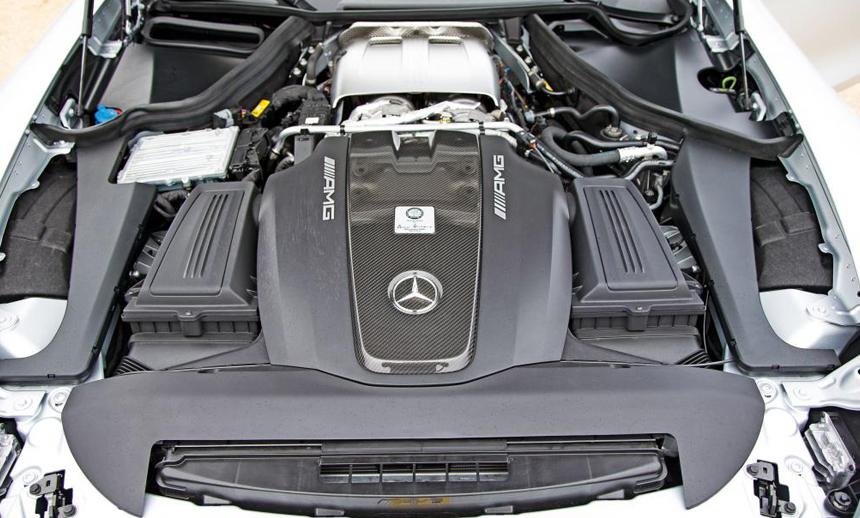 4litre V8 Biturbo motor