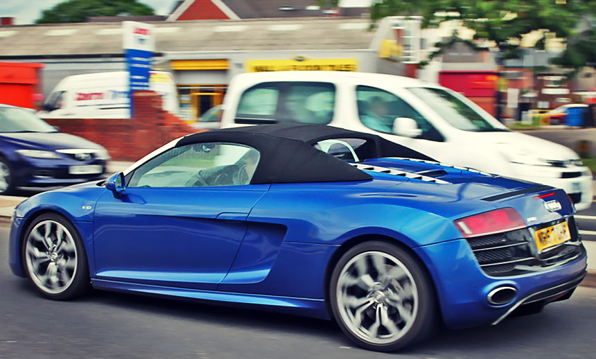 Audi R8 Spyder Review: A spicy Inglostadt affair