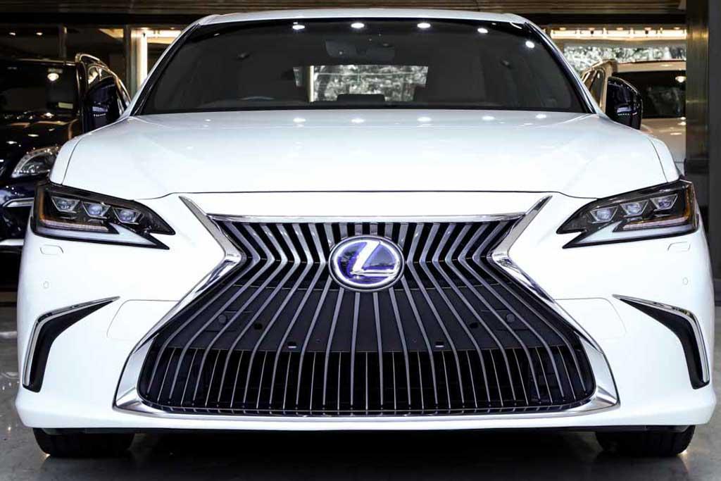 Lexus ES 300h Luxury