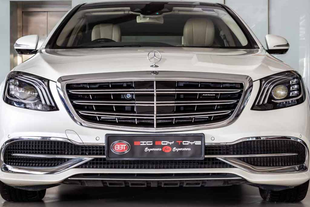 Mercedes Maybach S560