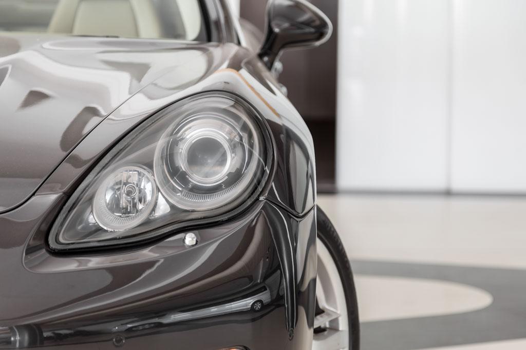 2009-Porsche-Panamera-4S-Grey-4