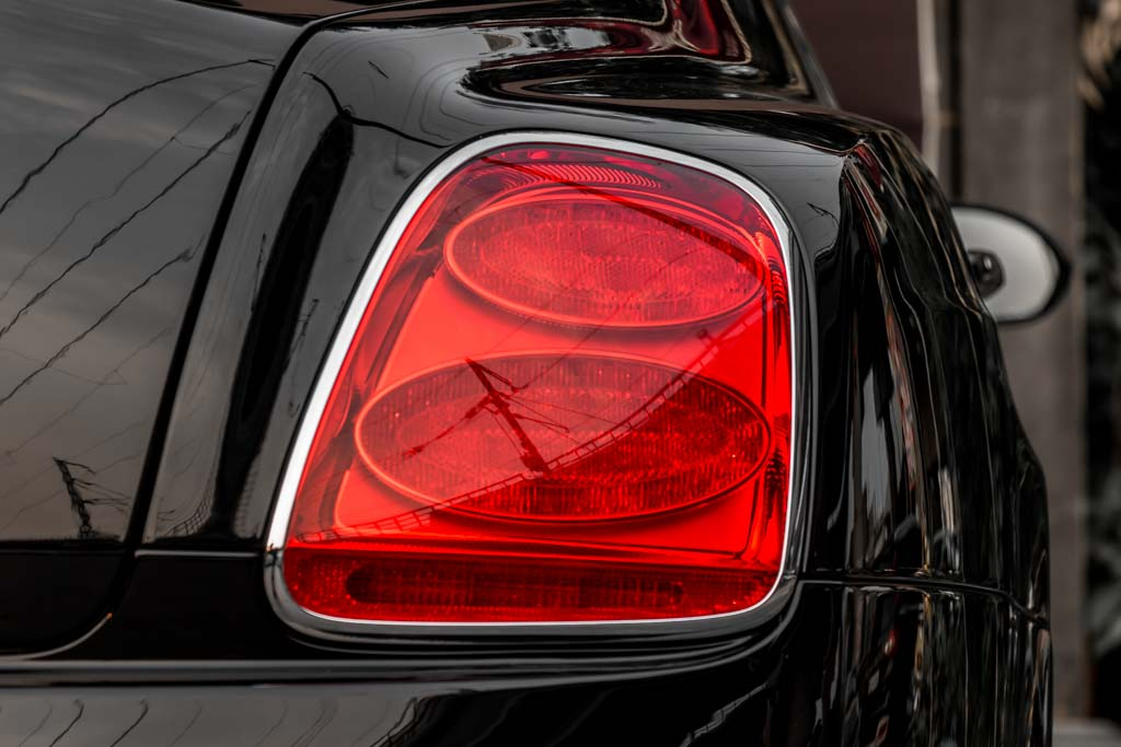 2010-Bentley-Continental-Flying-Spur-'Speed'-BLACK-23
