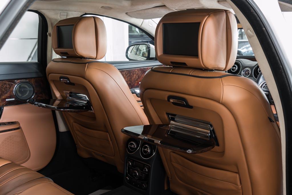 2011-Jaguar-XJL-White-21