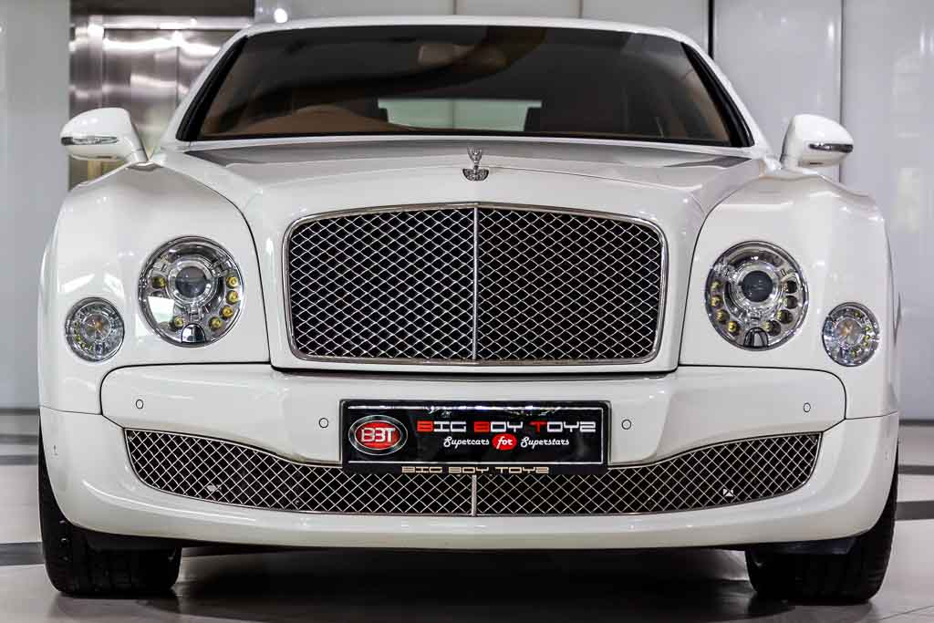 2011-Used-Bentley-Mulsanne-White-1