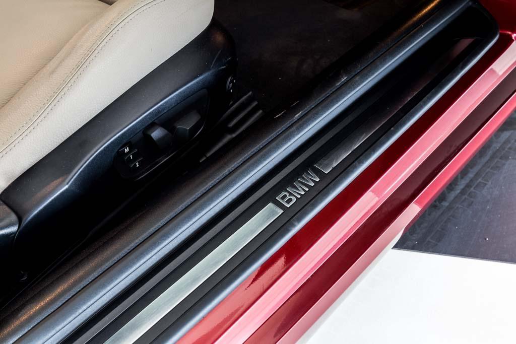 2012-BMW-330d-'Convertible'-16