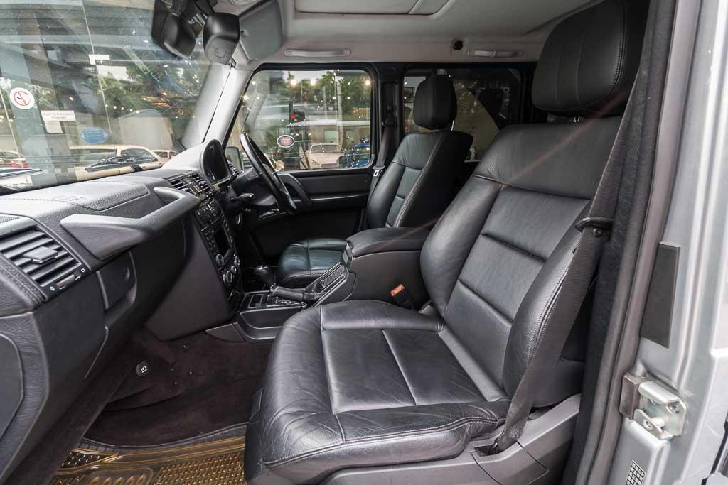 2012-Mercedes-Benz-G350-19
