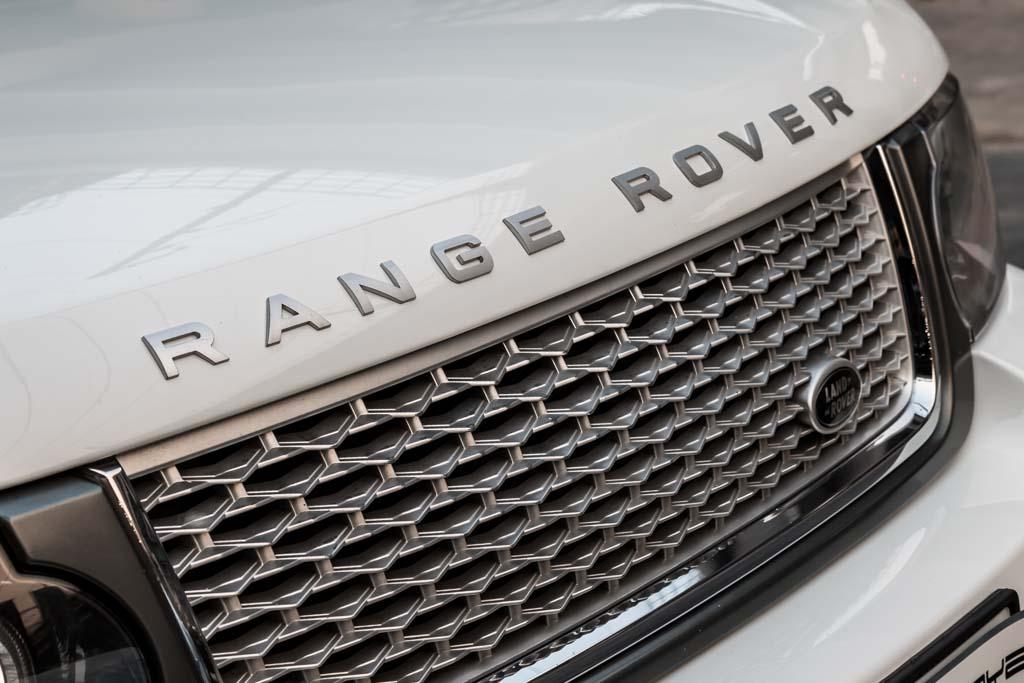 2012-Range-Rover-Vogue-Autobiography-WHITE-11