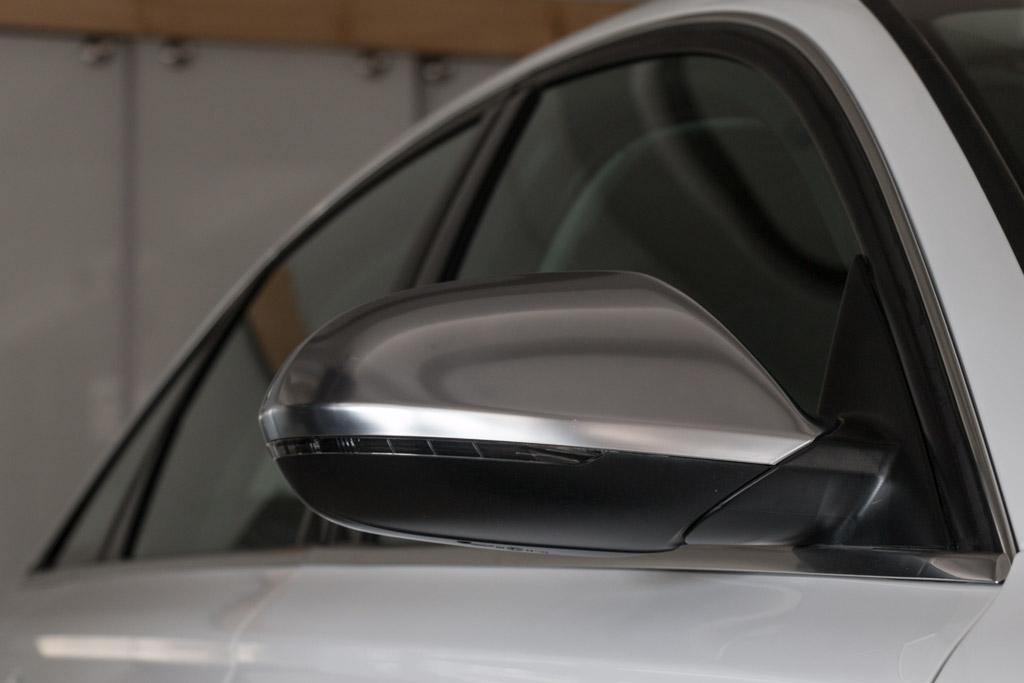 2013-Audi-S6-(17-of-35)