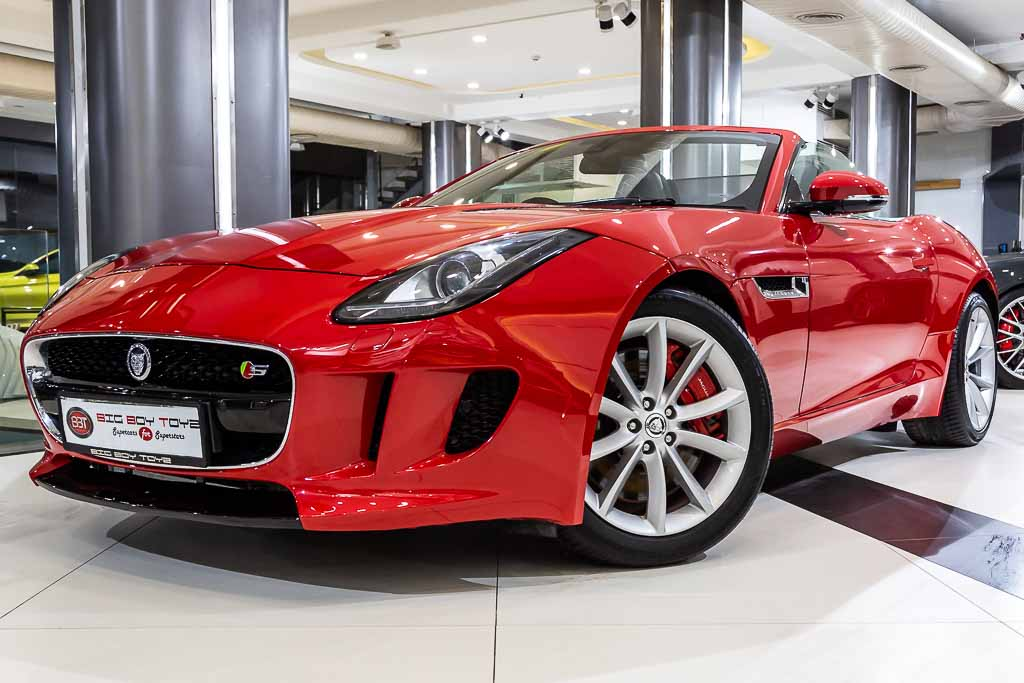 2013-Jaguar-F-Type-S-Convertible-2