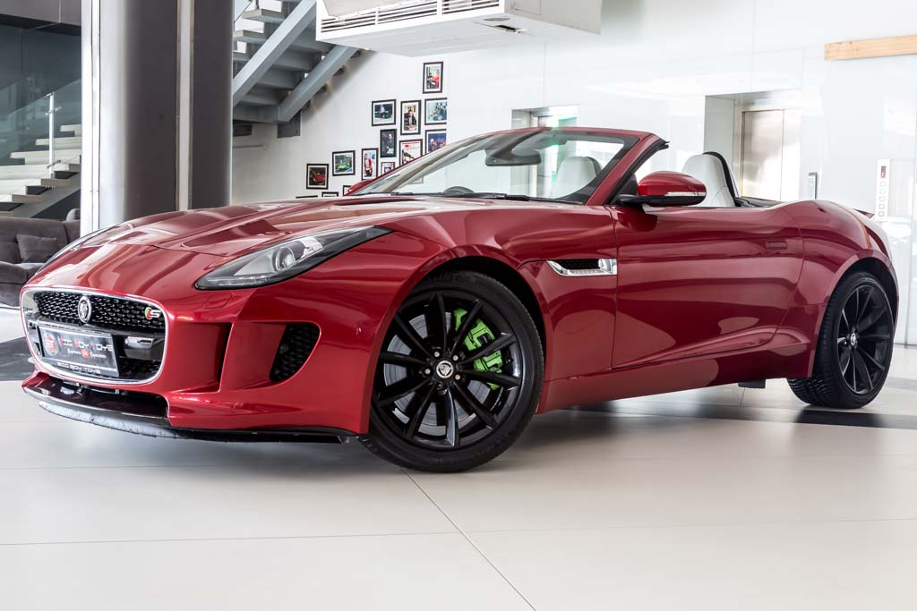 2013-Jaguar-F-Type-S-Red-2