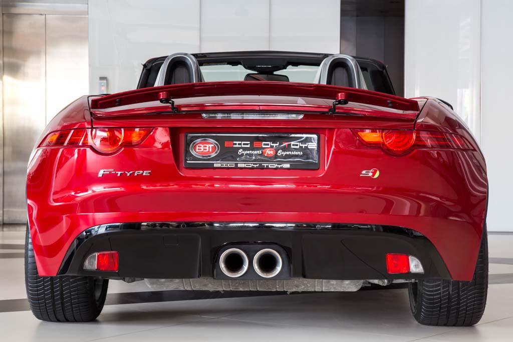 2013-Jaguar-F-Type-S-Red-24