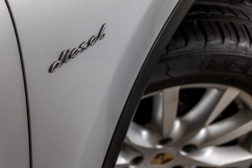 2013-Used-Porsche-Cayenne-'Diesel'-Silver-21