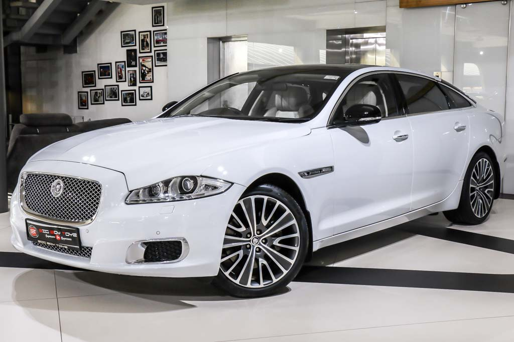 2014-Jaguar-XJL-UE-White-new-3