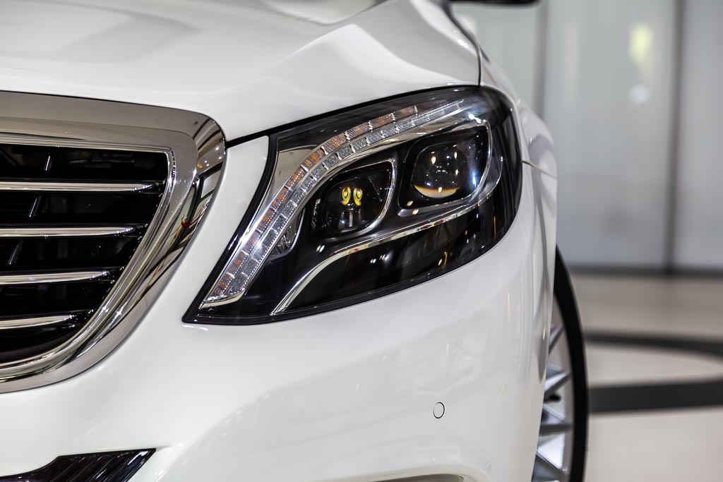 2014-Used-Mercedes-Benz-S500-White-5