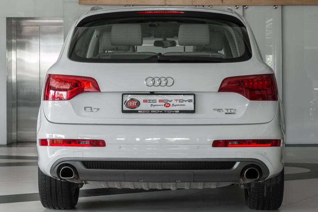 2015-Audi-Q7-'35-TDI'-26