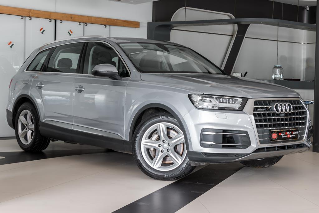 2015-Audi-Q7-Silver-NEW--2