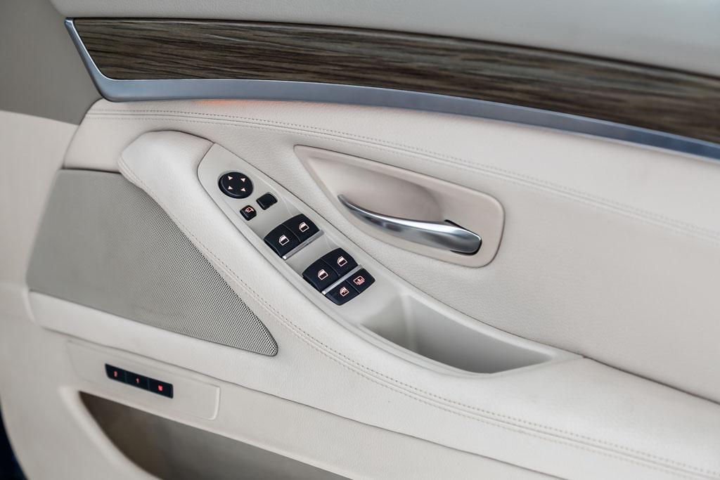 2015-BMW-520D-Black-10