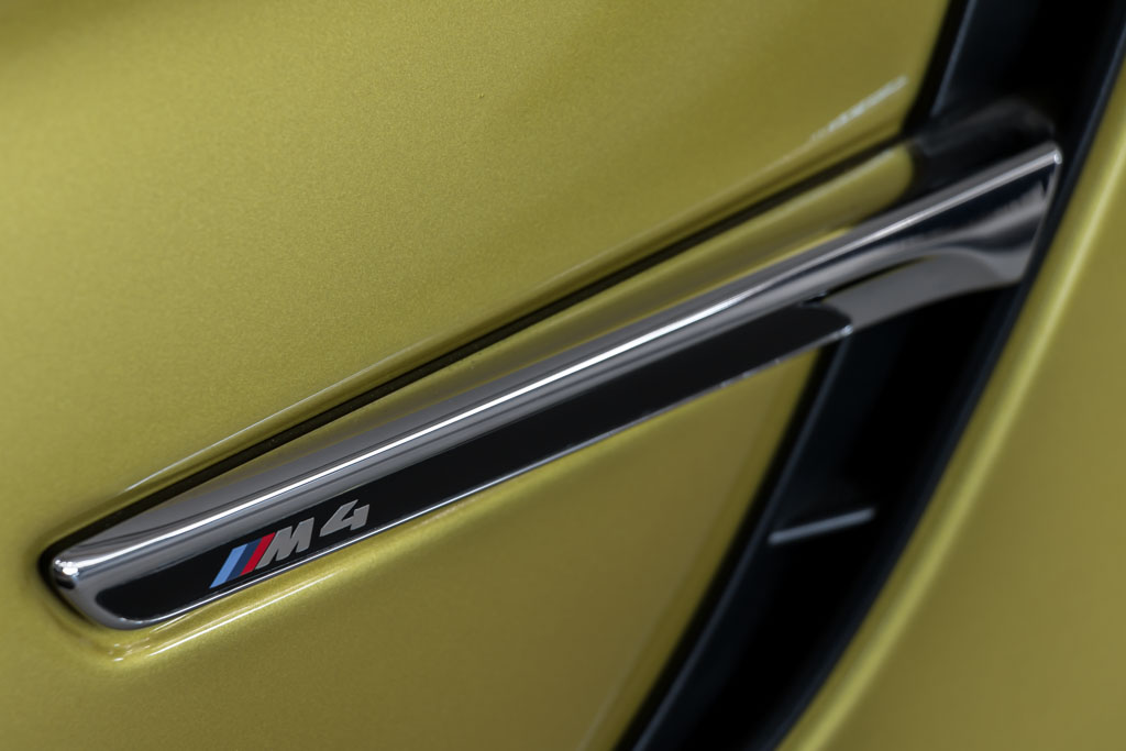2015-BMW-M4-Coupe-(14-of-29)