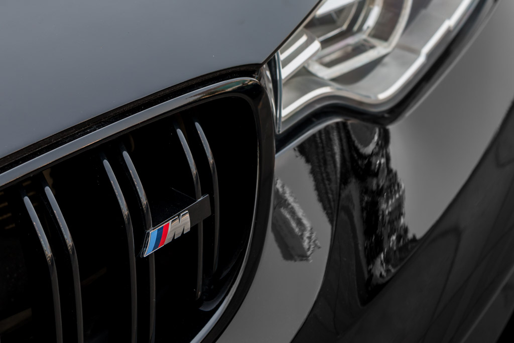 2015-BMW-M4-Coupe-BLACk-18