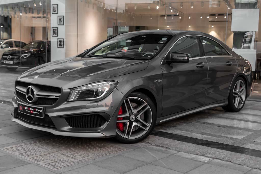 2015-Mercedes-Benz-CLA-45-AMG-Grey-6