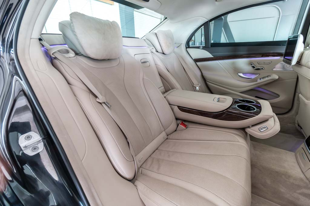 2015-Mercedes-Benz-S-350D-BLACK-21