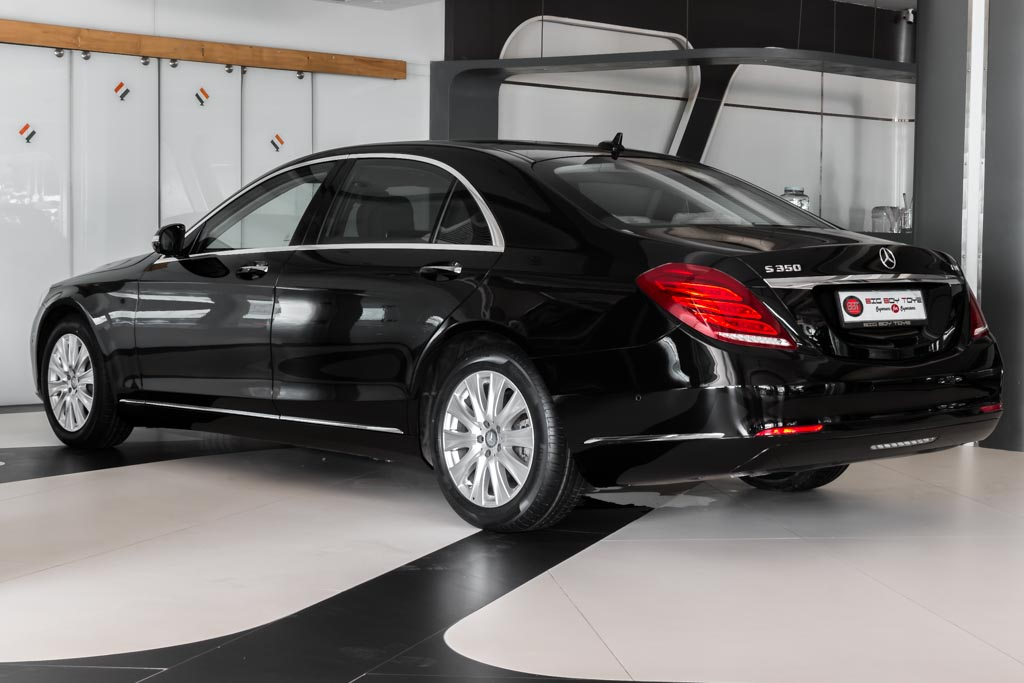 2015-Mercedes-Benz-S-350D-BLACK-25