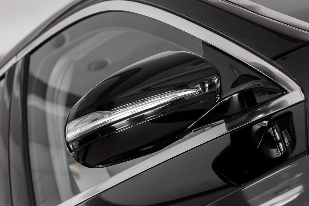 2015-Mercedes-Benz-S-350D-BLACK-5
