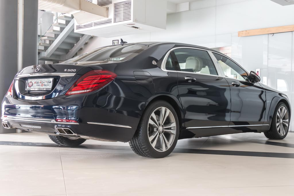 2015-Mercedes-Maybach-S-500-BLUE-31