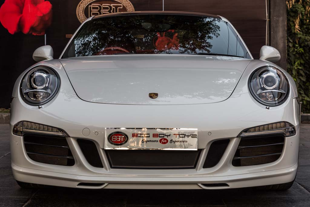 2015-Porsche-911-carrera-4-manual-1