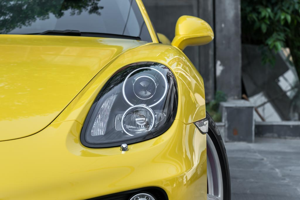 2015-Porsche-Cayman-S-Racing-Yellow-5