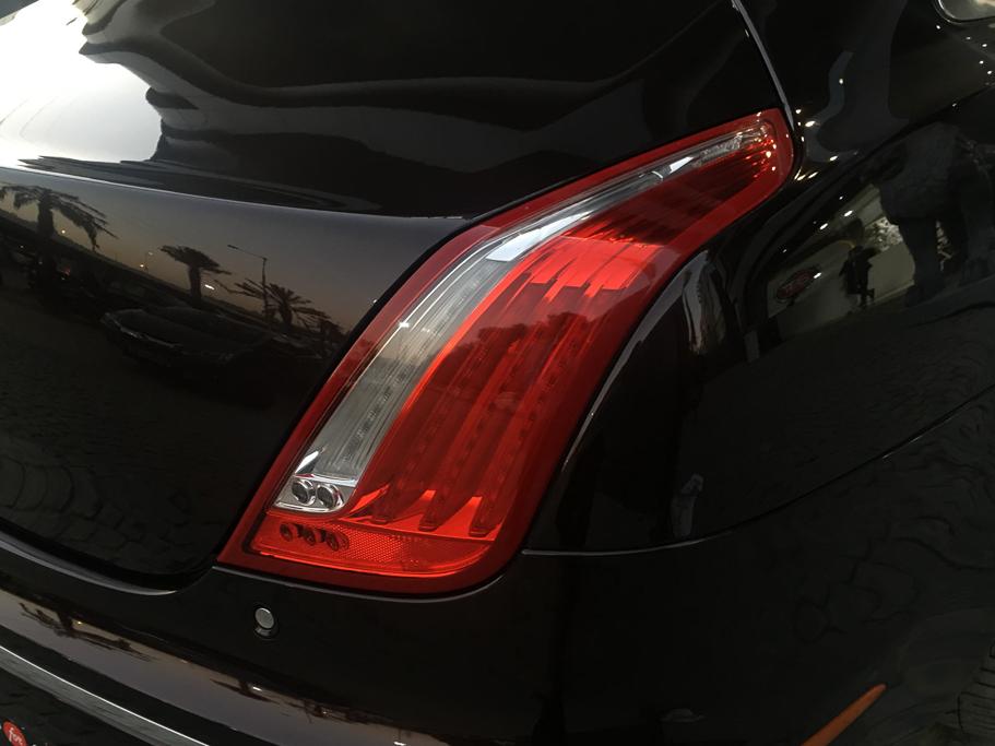 2015-Used-Jaguar-XJL-'Portfolio'-23