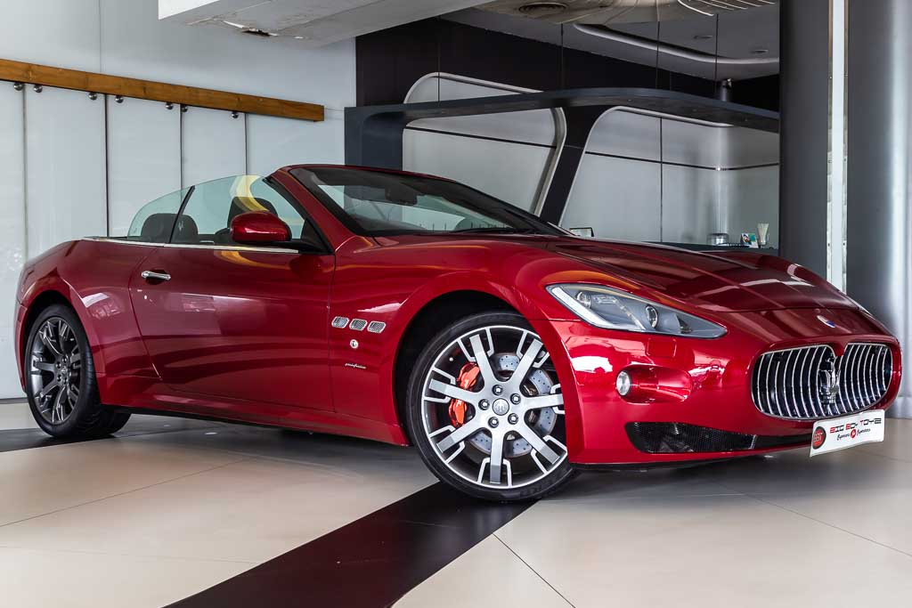 2015-Used-Maserati-GranCabrio-Red-3