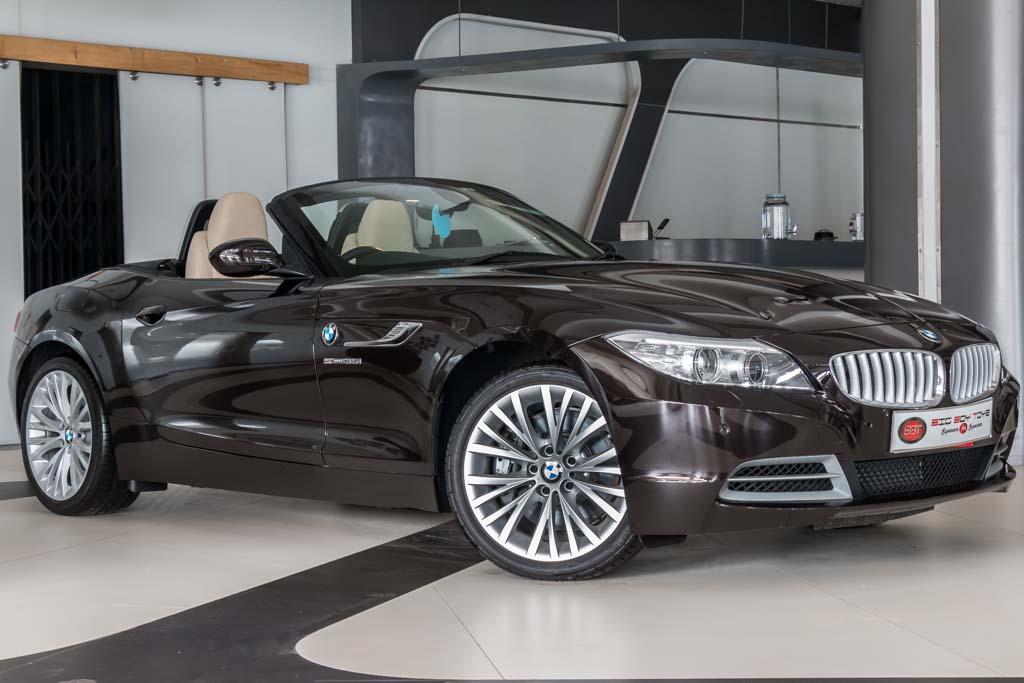 2016-BMW-Z4-sDrive35i-Brown-(3)