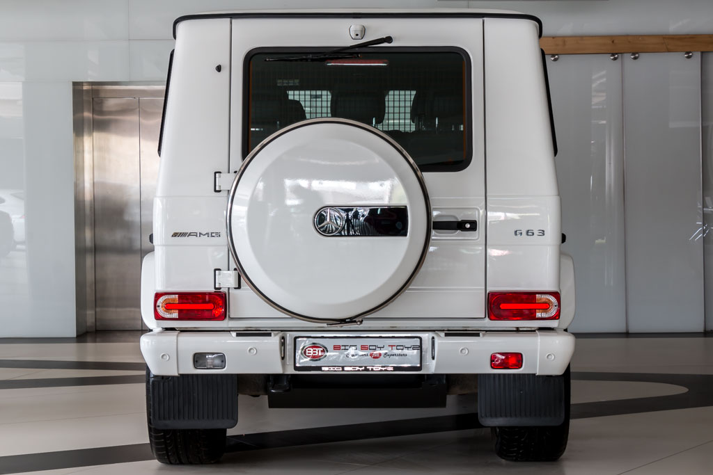 2016-Mercedes-Benz-G63-AMG-White-23