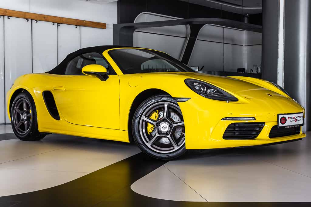 2016-Used-Porsche-718-Boxster-Yellow-2