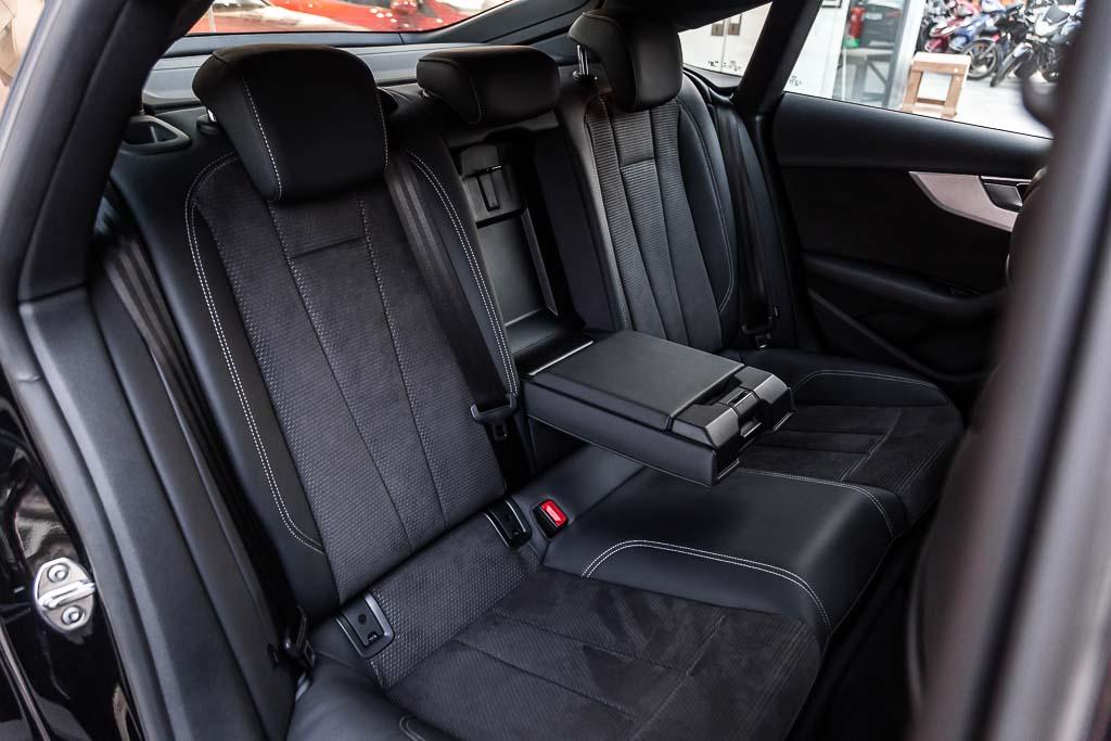 2017-Audi-S5-Sportback-Black-19