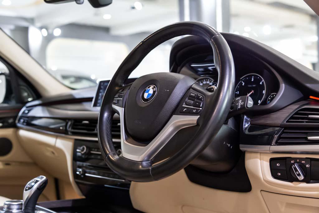 2017-BMW-X5-12k-kms-11