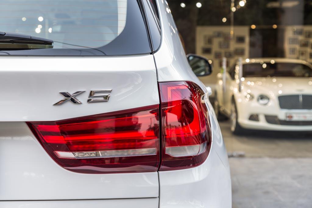 2017-BMW-x5-White-22