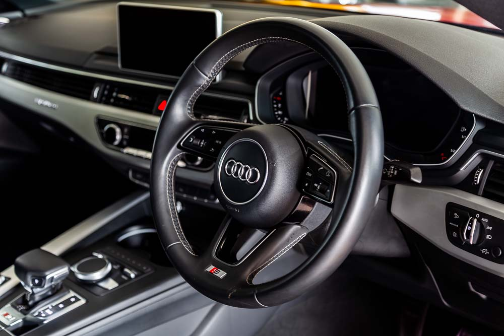 2017-Used-Audi-S5-Red-13