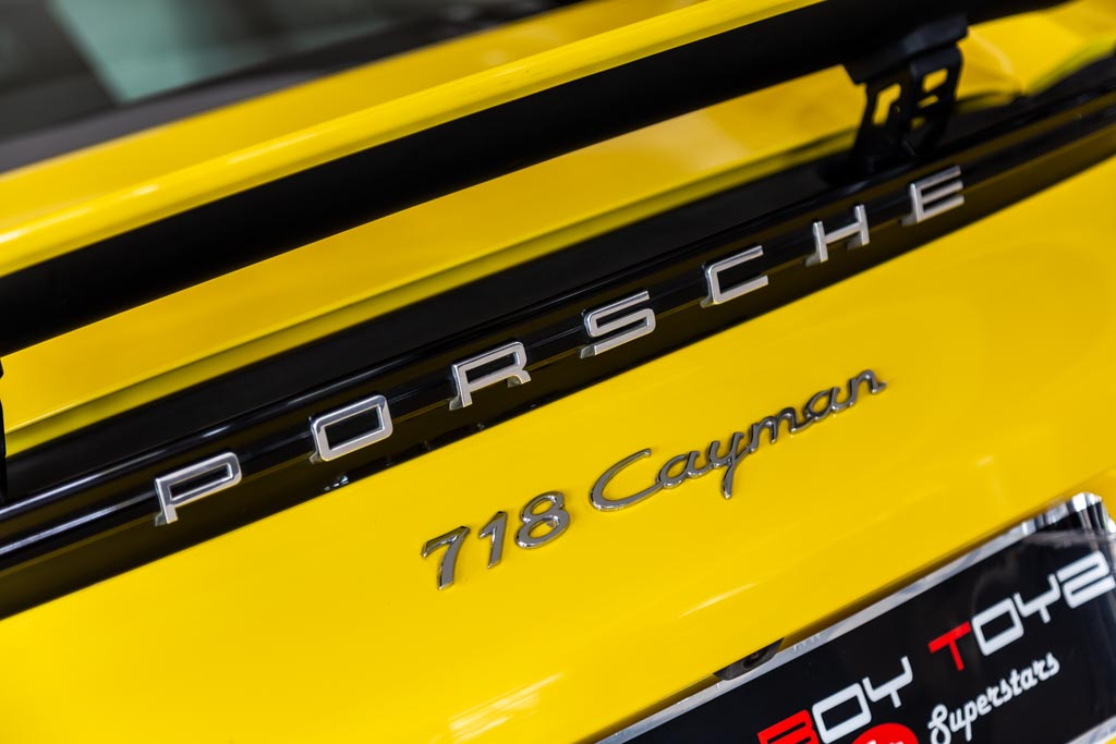 2017-Used-Porsche-718-Cayman-Yellow-20