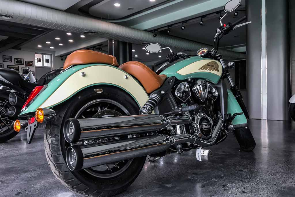 2018-Indian-Scout-International-Green-1