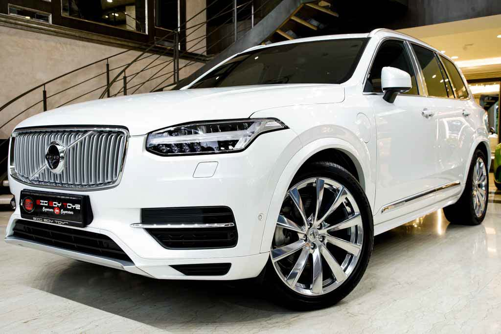 2018-Volvo-XC90-Excellence-Lounge-05909