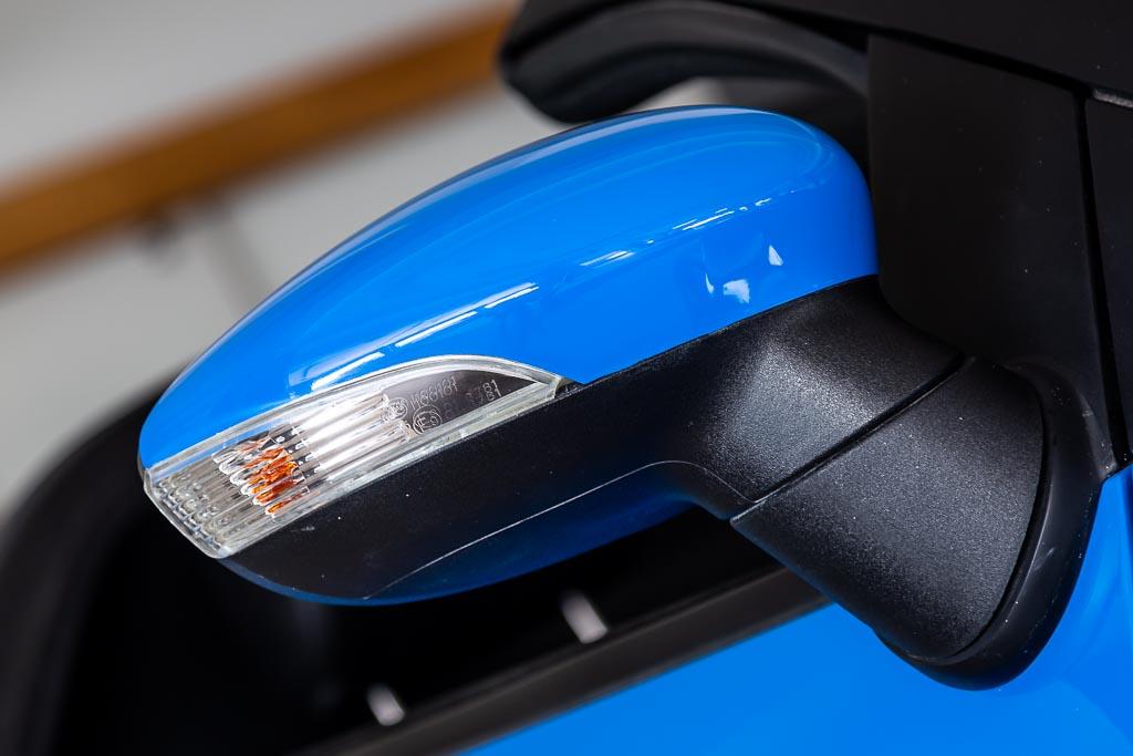 2019-DC-Avanti-'Roadster'-Blue-6