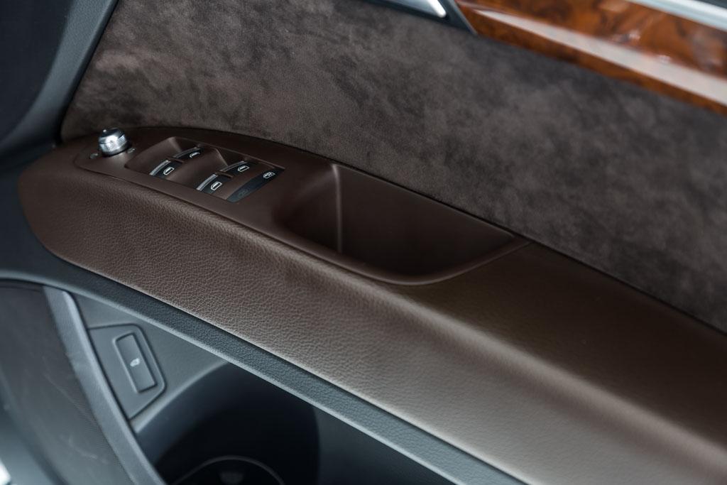 Audi-Q7-Premium-Plus-Grey-11