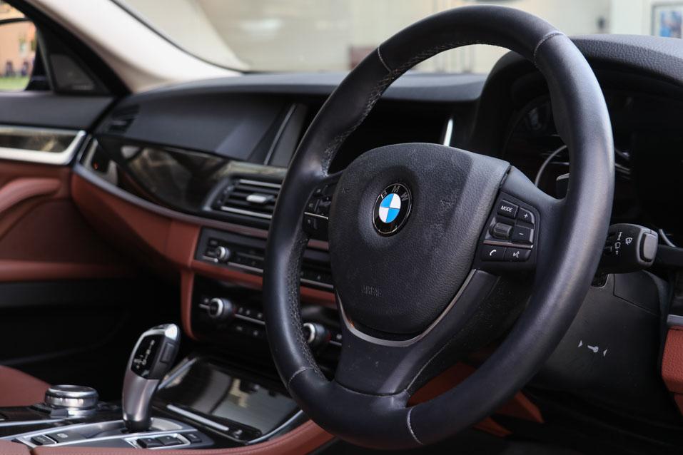BMW-520D-DarkBlue-(16-of-32)